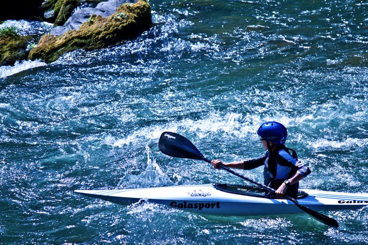 カヌーと渓流下り