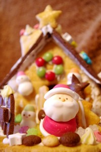 サンタさんとお菓子の家