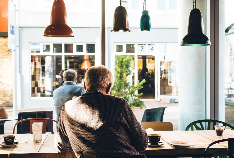 カフェで作業